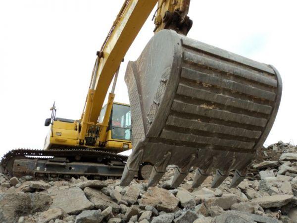 concrete-recyclers-1838979212B-E393-C26E-74D2-1399B857C43A.jpg